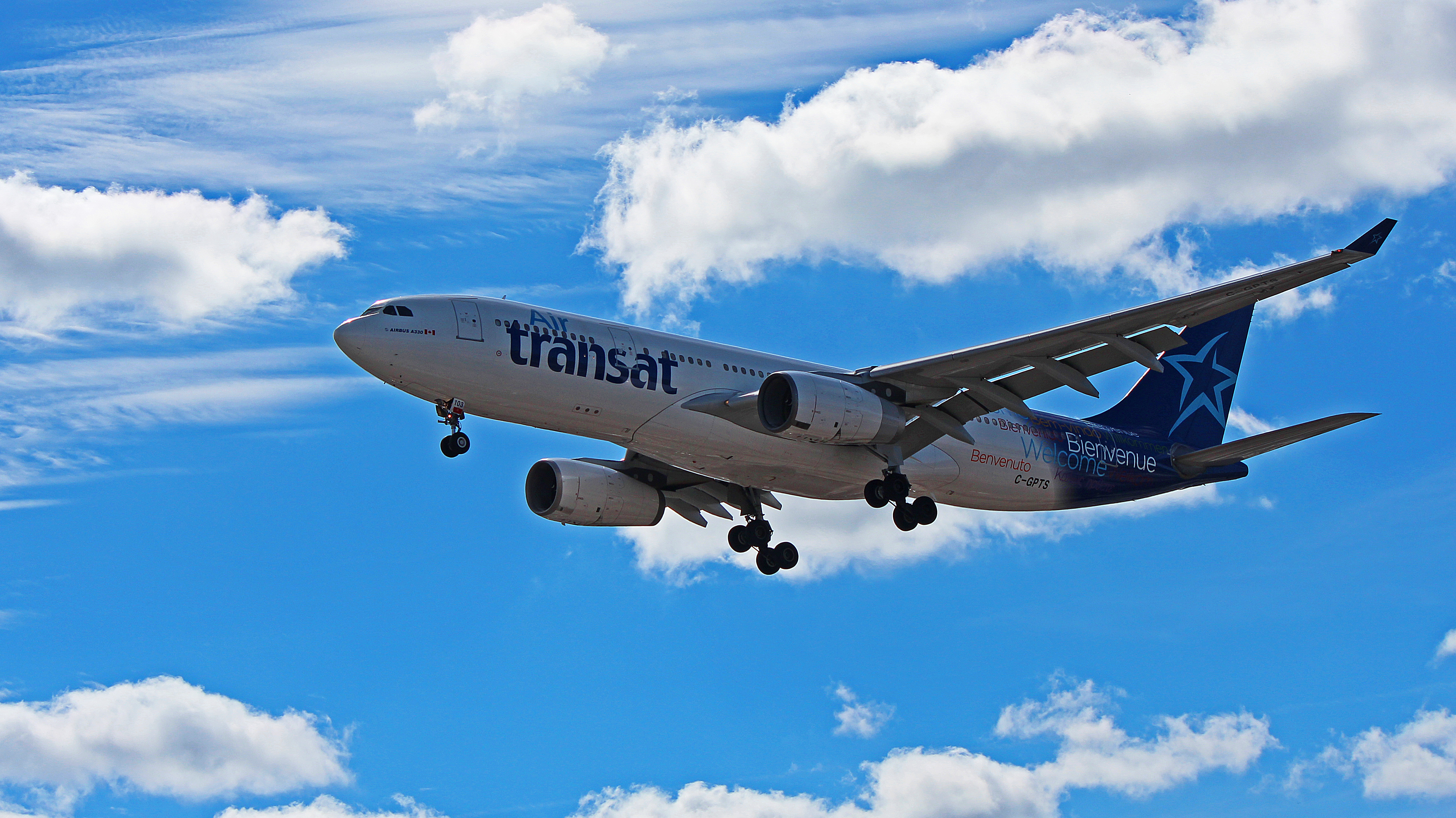 C Gpts Air Transat Airbus A330 200 Images From Toronto Pearson