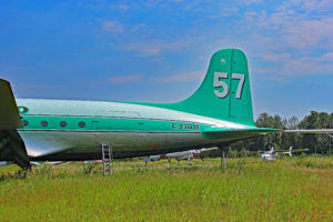 c-fiqm buffalo airways douglas c-54 skymaster