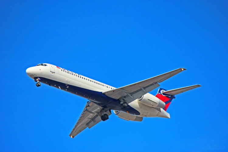 n967at delta airlines boeing 717-200