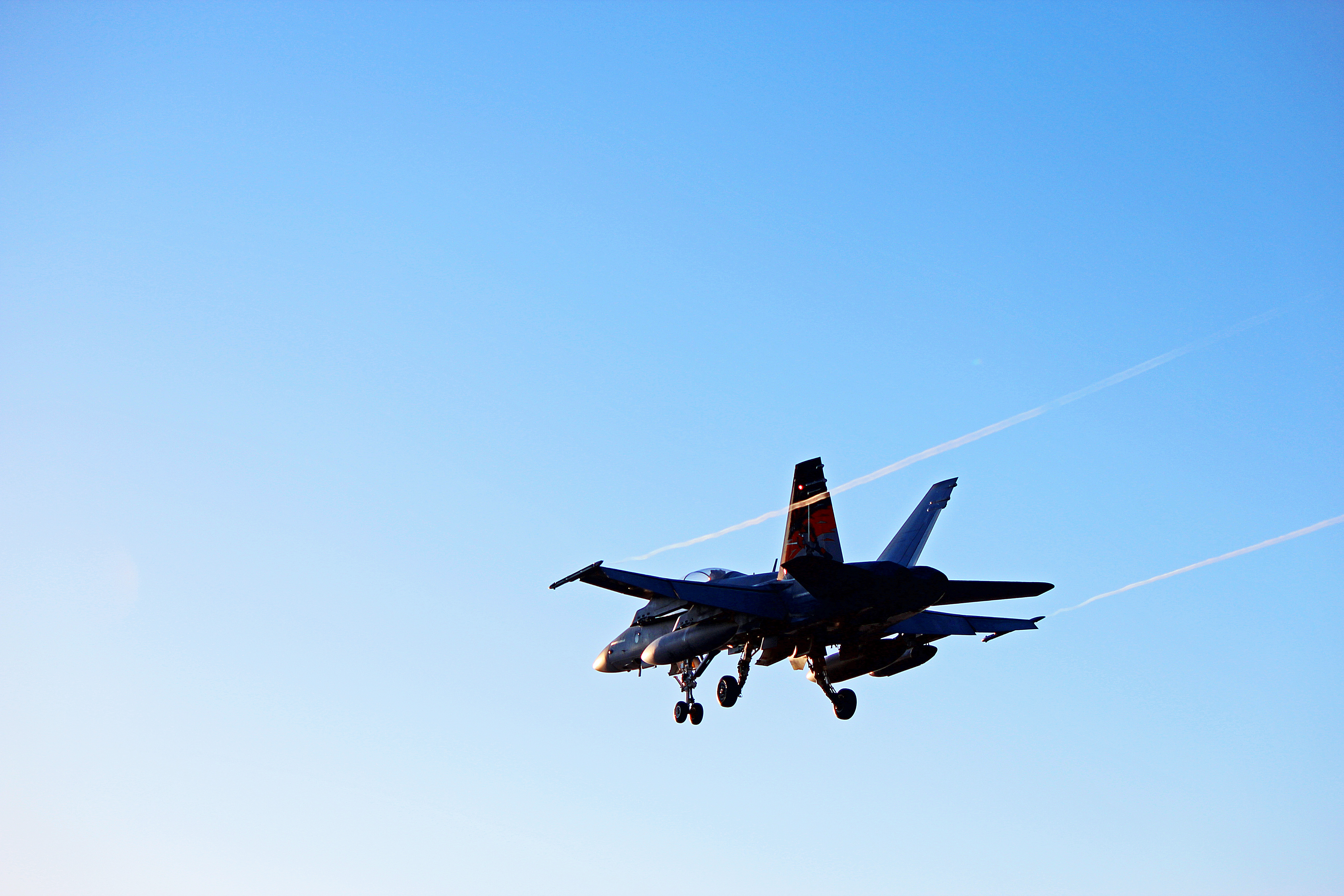 IT'S ABOUT AIRPLANESCF-188 Hornet: CF-18 From RCAF 433 Tactical Fighter Squadron