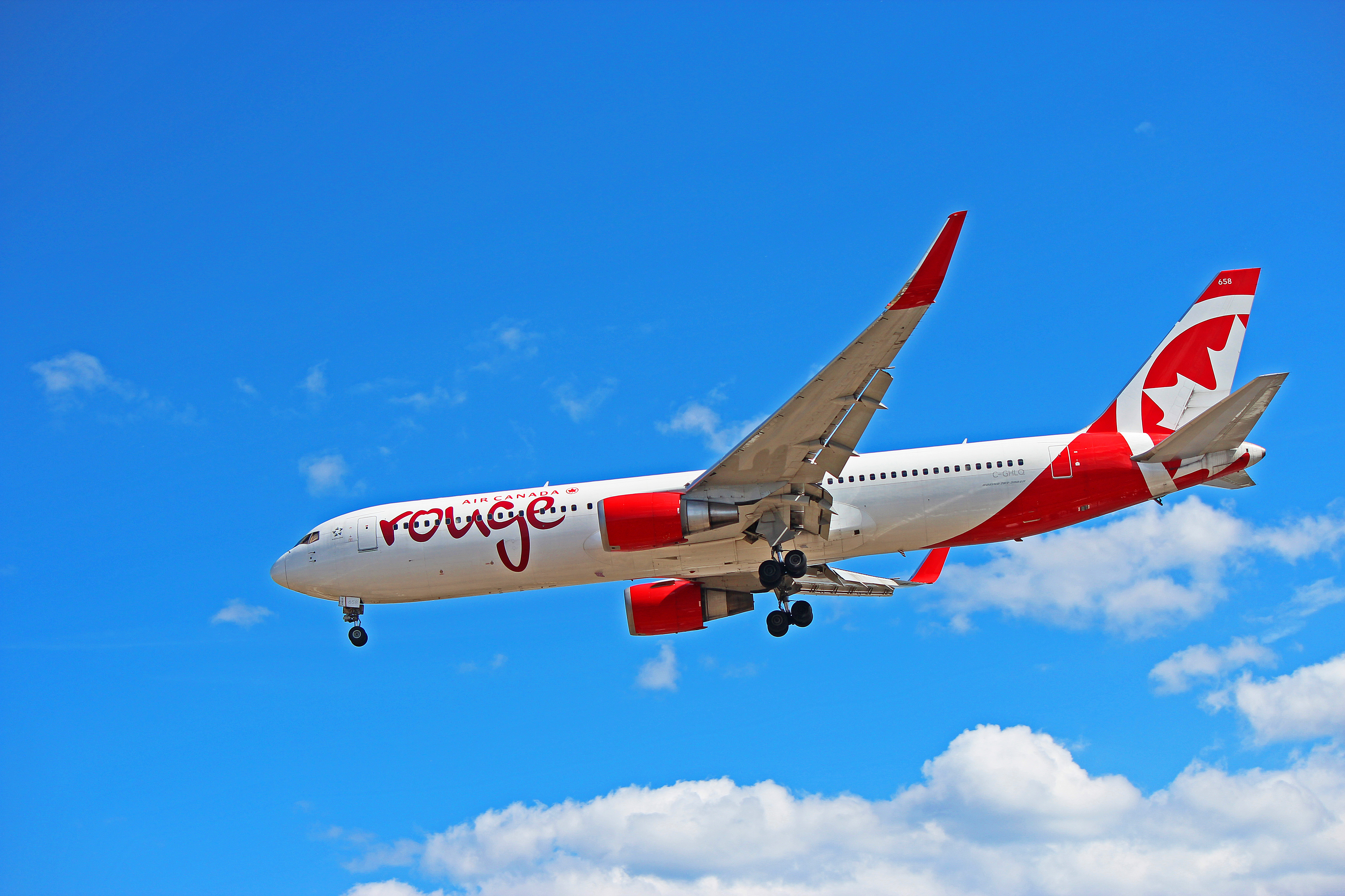 C-GHLQ: Air Canada Rouge Boeing 767-300ER At YYZ