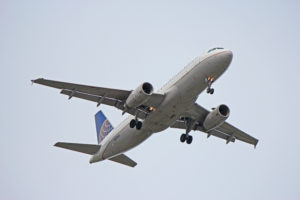 n451ua united airlines airbus a320 toronto yyz