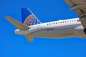 n403ua united airlines airbus a320 toronto yyz