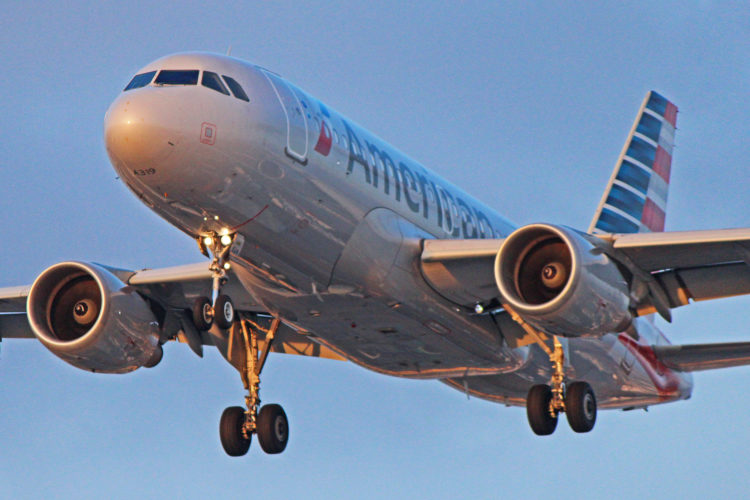 n90024 american airlines airbus a319-100 winglets toronto pearson yyz
