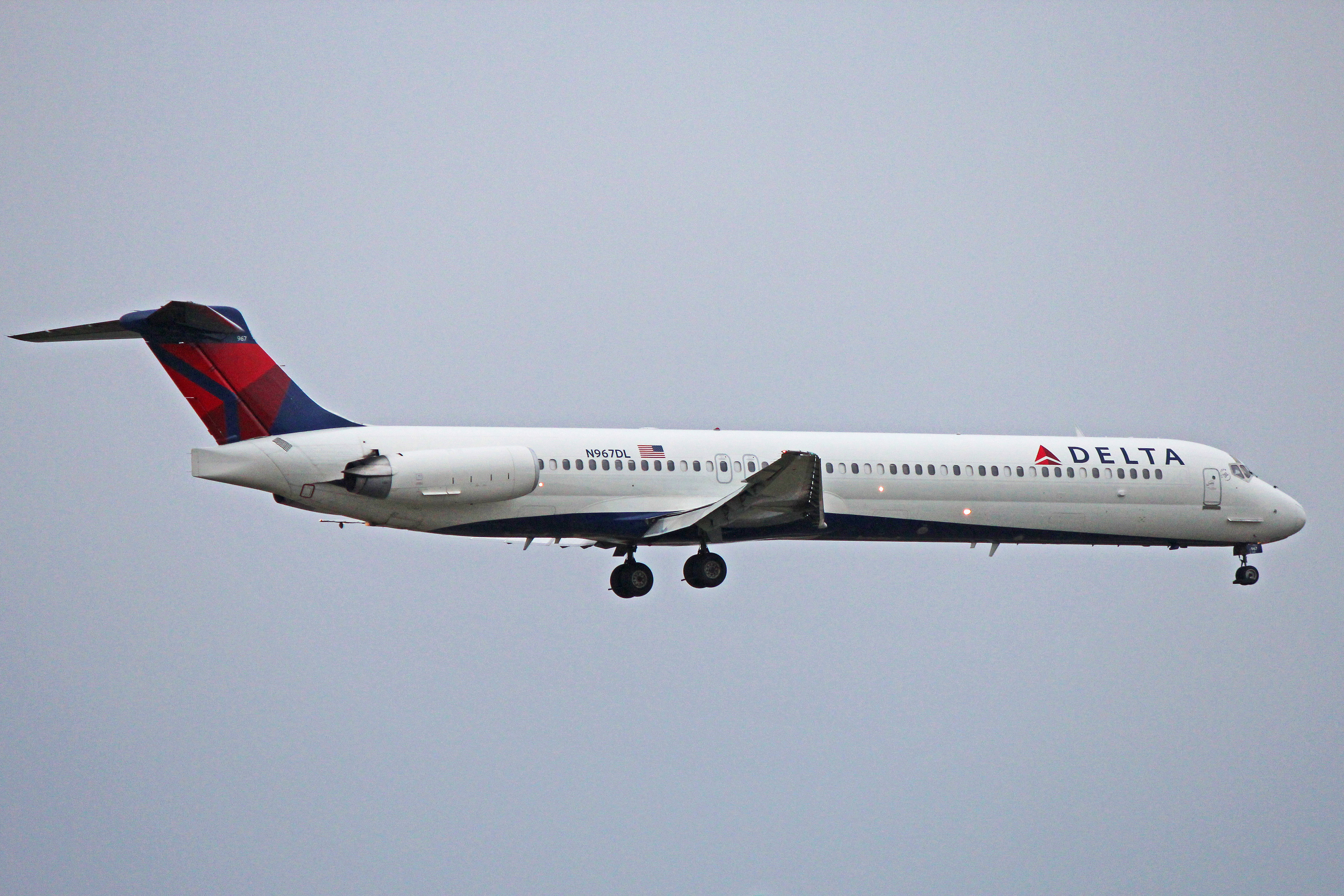 N967DL: Delta Air Lines McDonnell Douglas MD-88 (At Buffalo, NY)